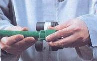 Спојување на цевката и фитингот